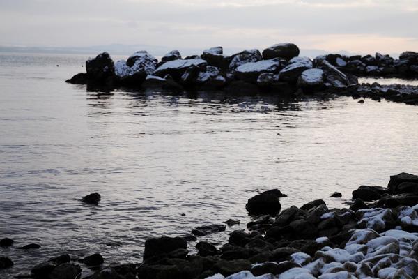Bord du lac de Neuchâtel en hiver